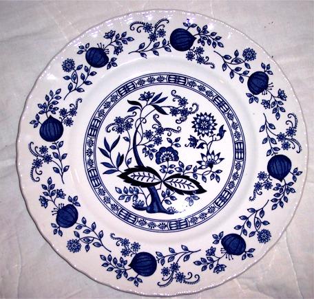 Blue Onion Pattern - Typical Czech Porcelainu2026  sc 1 st  Private Prague Guide & Czech Souvenirs