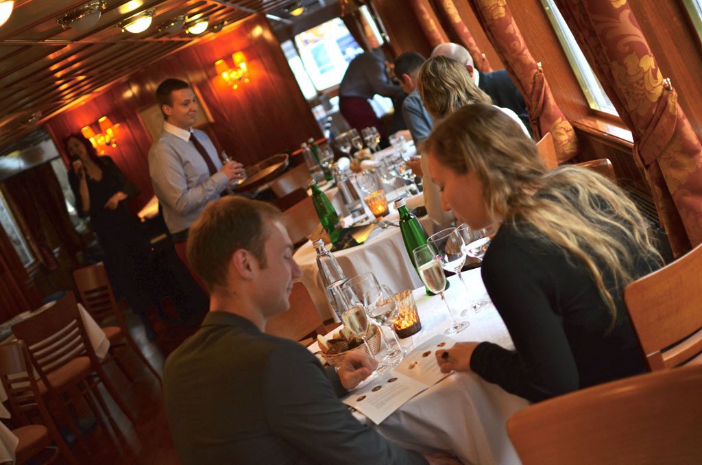 valentine's day dinner cruise in prague – private prague guide, Ideas