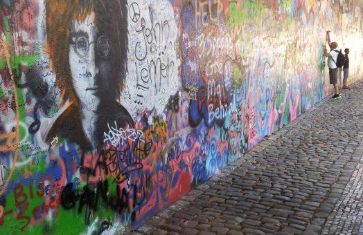prague tours: john lennon wall