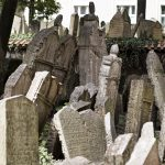 prague tours: old jewish cemetery