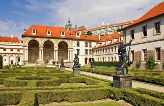 prague tours: wallenstein garden