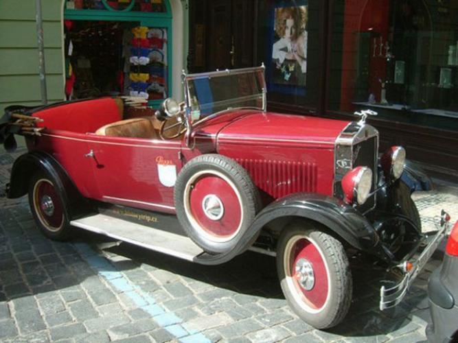 Prague Vintage Car Tour